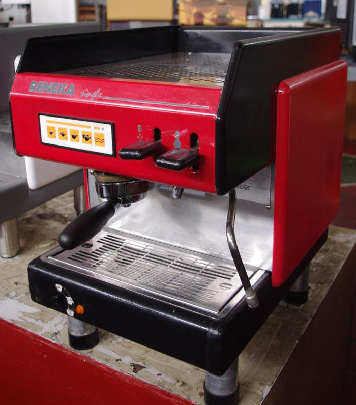 RENEKA VIVA-S 2010 Review - Roytawan Coffee